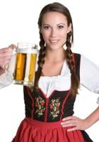 девушка с пивом на сайт.jpg